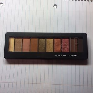 E.L.F rose gold sunset eyeshadow palette